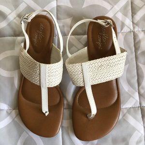 Dexflex comfort sandals size 5